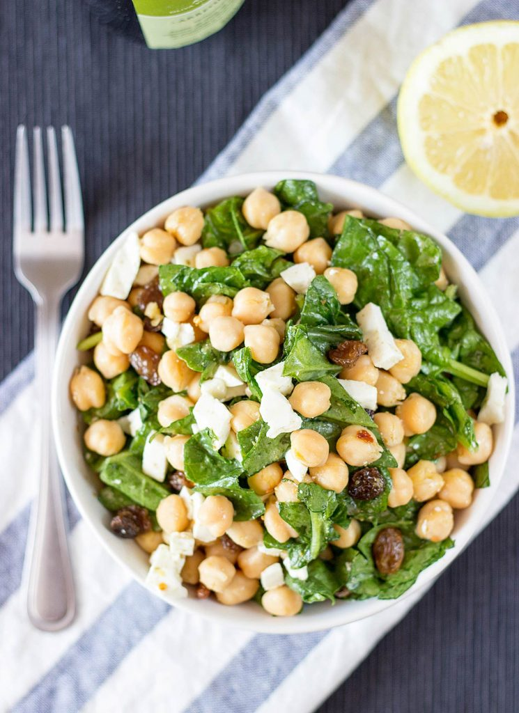 Chickpea Spinach Salad, ready in 7 minutes | hurrythefoodup.com