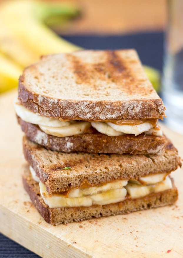 Anti Hangover Peanut Butter Banana Sandwich. Ready in 8 mins. | #hangover #vegan | hurrythefoodup.com