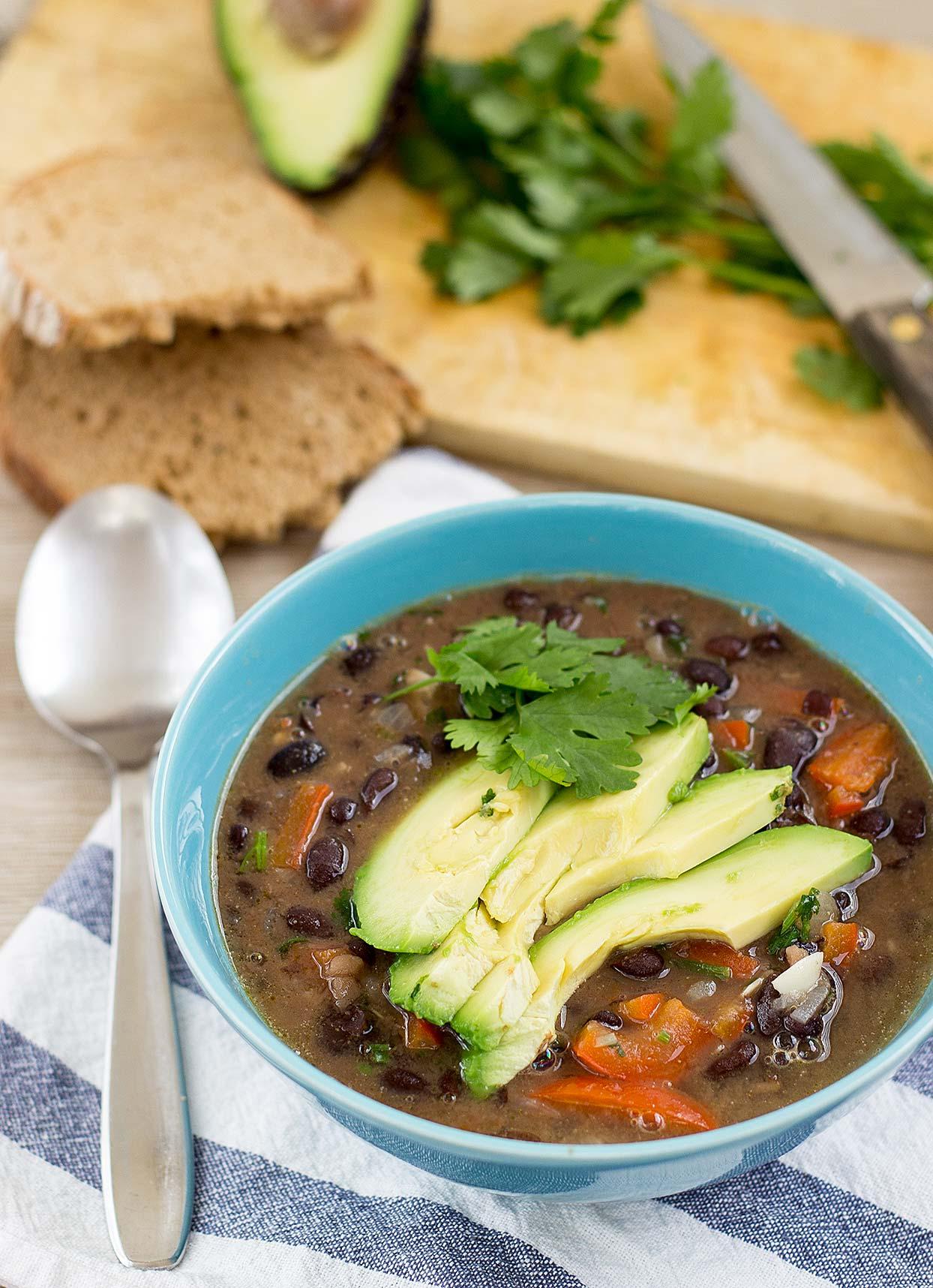 Mexican inspired Vegan Black Bean Soup. Ready in 20 minutes   #dinner #vegan   hurrythefoodup.com