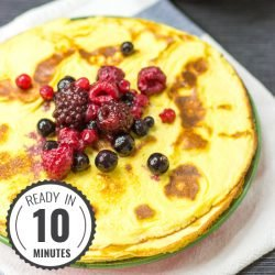 The 2 ingredient Cream Cheese Pancakes. Ready in 10 minutes. #low-carb #pancake  hurrythefoodup.com