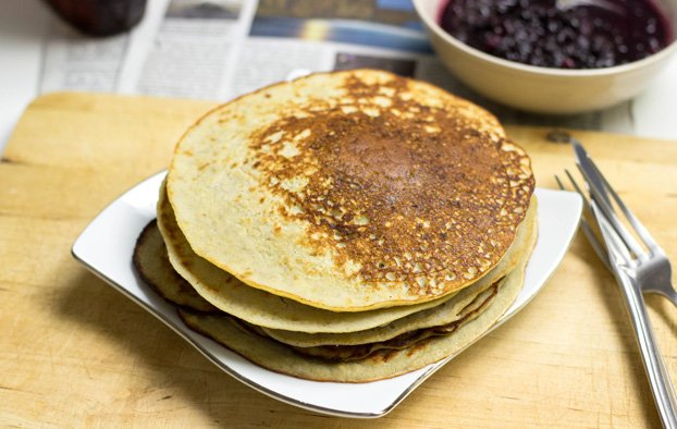 No Fuss Coconut Flour Pancakes. Gluten-Free, paleo friendly and proper tasty! | hurrythefoodup.com