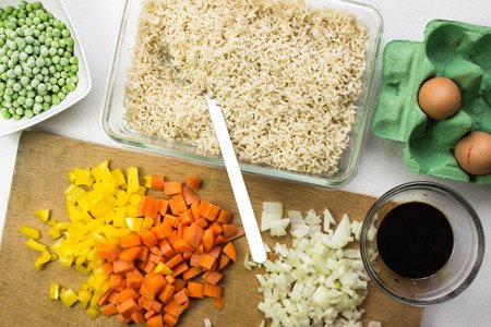 Vegetarian Fried Rice - one of the most delicious ways to use up leftovers!   hurrythefoodup.com