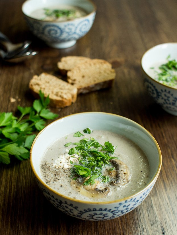 Vegetarian Mushroom Soup Quick Creamy Delicious Ready In 20 Mins