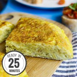 Quick Spanish Omelette - Perfect for breakfast! | hurrythefoodup.com