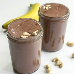 Creamy Cashew Milkshake - Chocolate Style - cashew milkshake in a glas #cashew #easy | hurrythefoodup.com