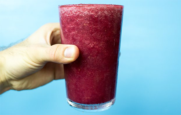 Beetroot Smoothie - Powerful yet Smooth(ie) - beetroot smoothie healthy cup #lime #syrup | hurrythefoodup.com