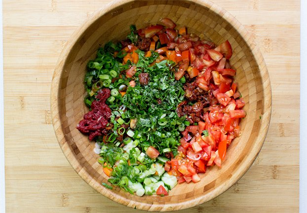 Colourful Tabbouleh Salad - All Vegan & Ready in 15 Minutes - chopped veggies for the salad #bulgur #taboule | hurrythefoodup.com