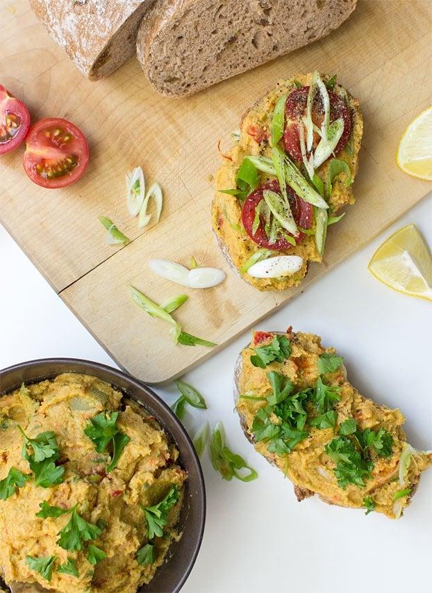 Vegan Tuna Salad - Seafood without the Sea - vegan tuna salad serving inspiration #fiber #seafood   hurrythefoodup.com