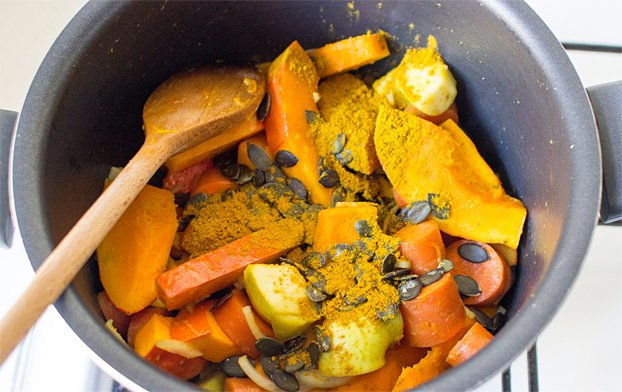 Pumpkin and Carrot Soup - stand out from the crowd - stir fry all veggies in a large pot #quick #squash | hurrythefoodup.com