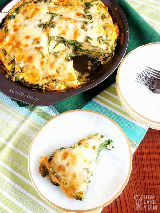Spinach Cheese Pie - 21 Vegetarian Dinner Ideas | hurrythefoodup.com
