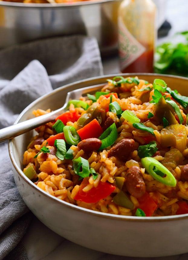 Jambalaya - 21 Vegetarian Dinner Recipes | hurrythefoodup.com