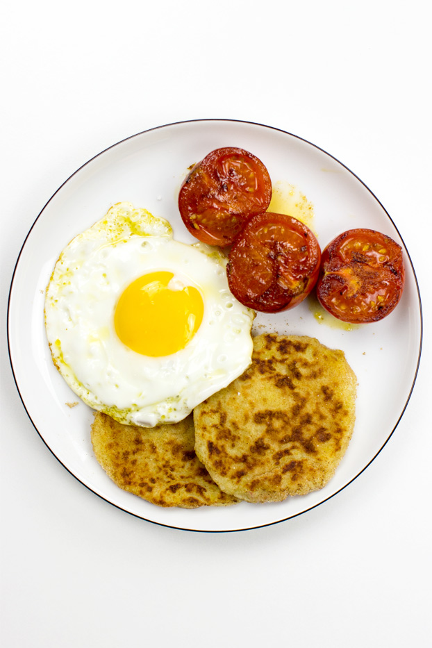 Potato Farls | An Authentic Irish Breakfast - potato farls ready to eat #potato cakes #butter | hurrythefoodup.com