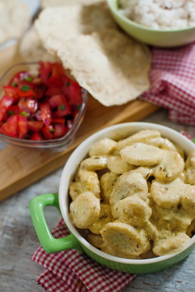 Banana Curry - without the slip ups - banana curry is ready #cinnamon #spice   hurrythefoodup.com