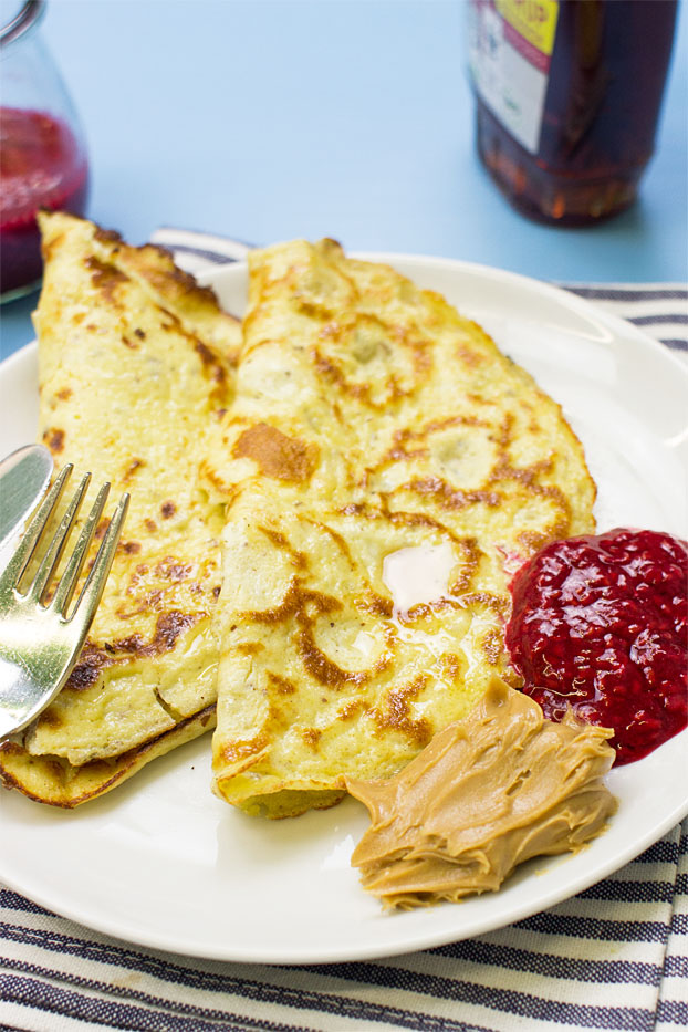 High-protein Ricotta Pancakes - Sweet or Savoury - high-protein ricotta pancakes ready to serve #breakfast #easy | hurrythefoodup.com