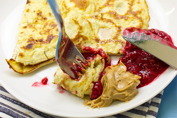 High-protein Ricotta Pancakes - Sweet or Savoury - delicious high-protein ricotta pancakes #savoury #ricotta | hurrythefoodup.com