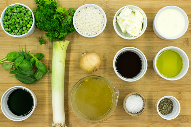 Comforting Leek Risotto with Cream Cheese - leek risotto ingredients #vegetarian #main | hurrythefoodup.com