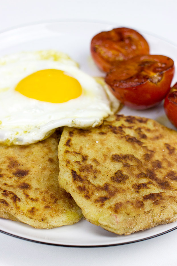 Irish Potato Farls - 21 Cheap Family Meals – Healthy Vegetarian Budget Food | hurrythefoodup.com