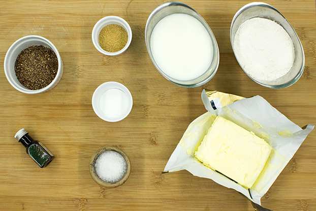 Buttermilk pancakes ingredients #vegetarian #buttermilk | hurrythefoodup.com