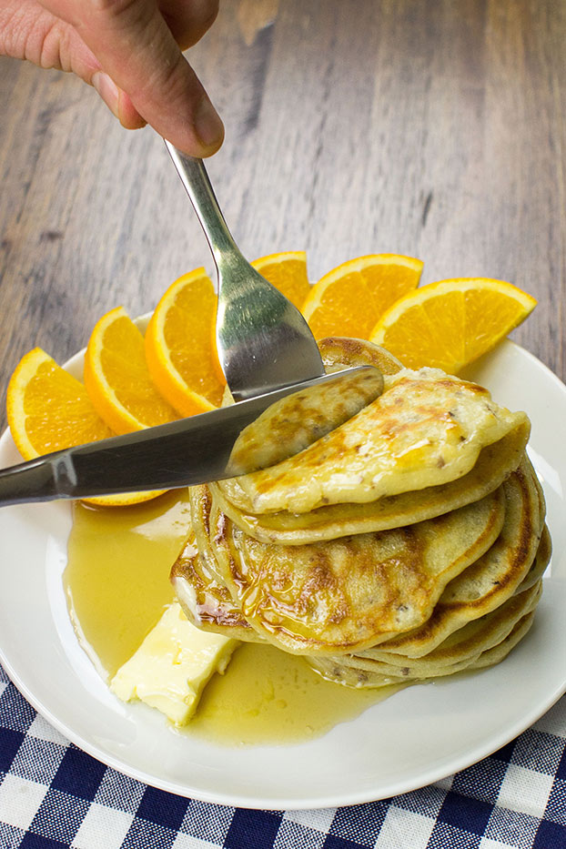 knife and fork cutting pancakes #flour #baking powder | hurrythefoodup.com