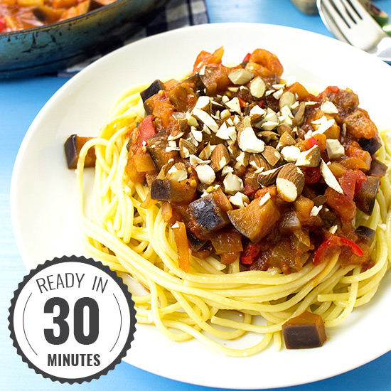Pasta Arrabiata – Spice Up Your Food Life | hurrythefoodup.com