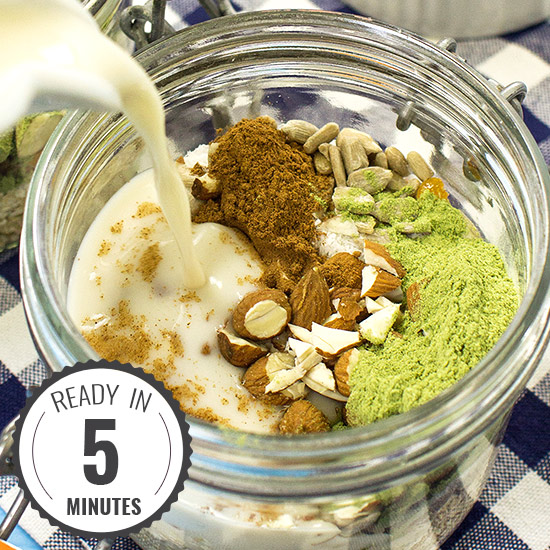 Vegan IRONMAN Oatmeal - Power Your Way to Breakfast Victory! | hurrythefoodup.com