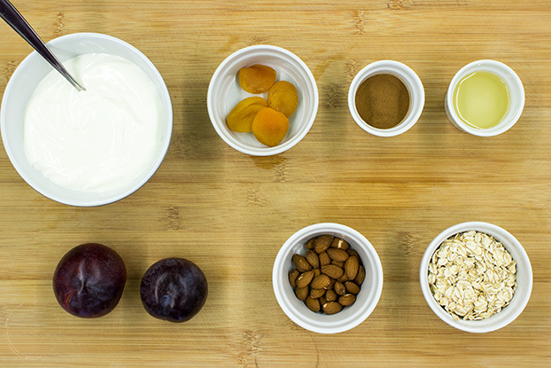 Yogurt ingredients #plums #dried apricots | hurrythefoodup.com