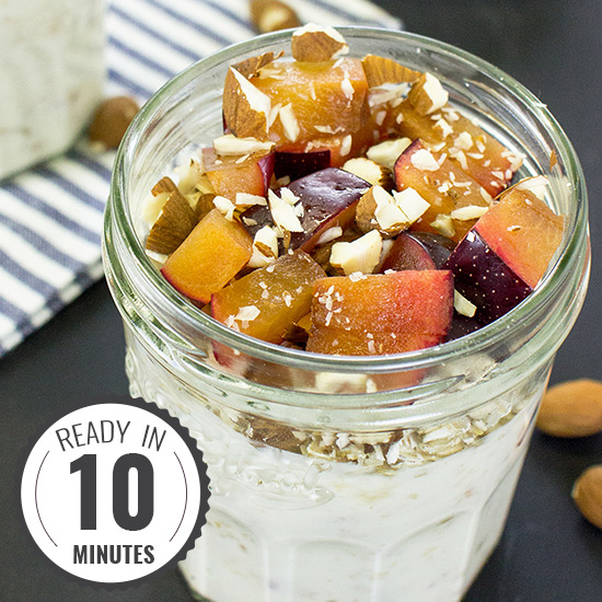 Healthy Yogurt Parfait - Fruity, nutty, yummy | hurrythefoodup.com