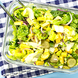 Awesome Cheese Salad – Salad with a bite! | hurrythefoodup.com