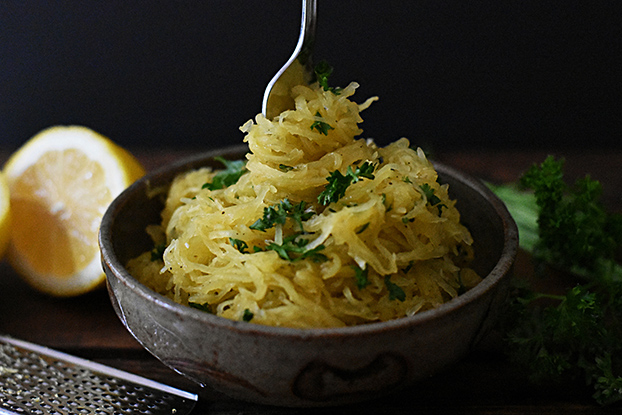 Top 10 Vegetarian Keto Recipes - Lemon Garlic Butter Spaghetti Squash | hurrythefoodup.com