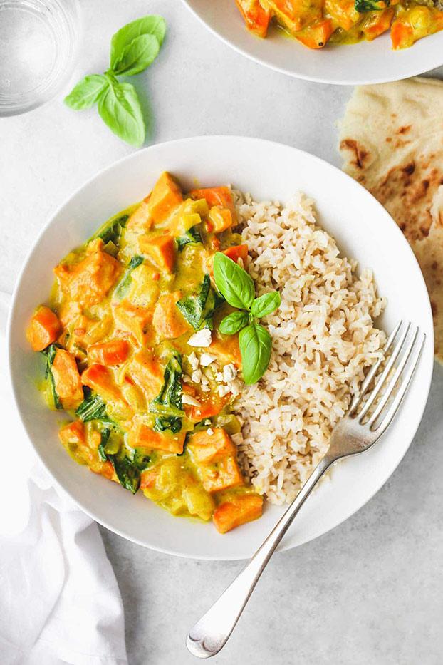 21 Vegetarian Curry Recipes - Sweet Potato Curry | hurrythefoodup.com
