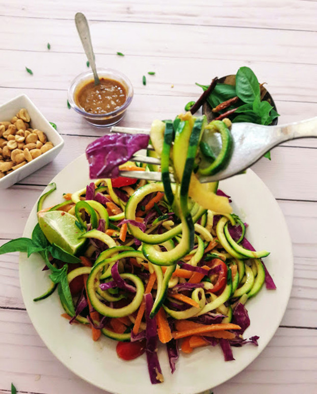 Thai Zucchini Noodles - Vegetarian Low FODMAP Recipes - Top 10 | hurrythefoodup.com