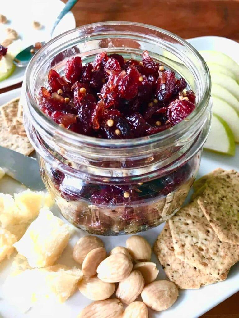 Cranberry Prosecco Chutney | hurrythefoodup.com