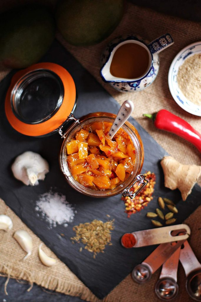 Easy Spicy Mango Chutney | hurrythefoodup.com