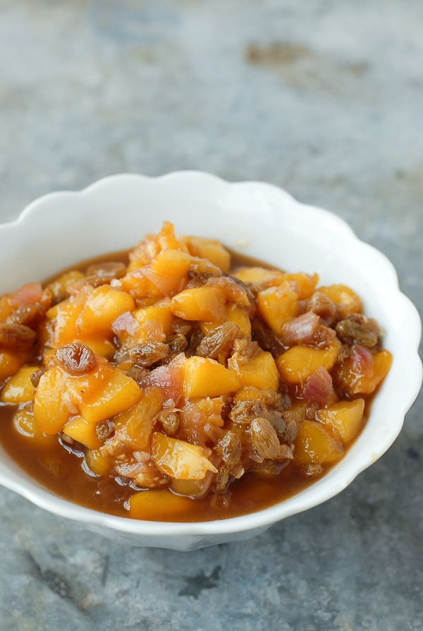 Quick Fresh Peach Chutney | hurrythefoodup.com
