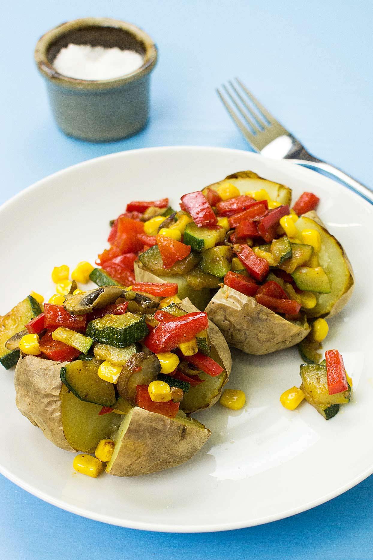 The Veggie King Microwave Baked Potato Recipe  hurrythefoodup.com