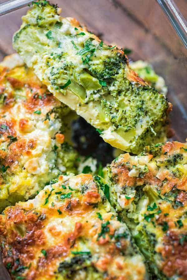 Breakfast Broccoli Bake | hurrythefoodup.com