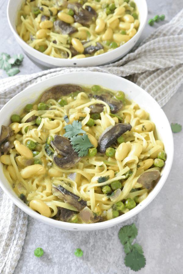 Easy Vegan Thai Soup | hurrythefoodup.com