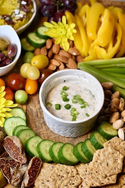 Spring Onion And Dill Greek Yogurt Dip | hurrythefoodup.com