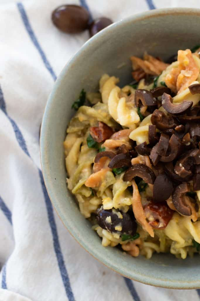 45 most popular vegan dinners – Hummus Pasta | Hurry The Food Up