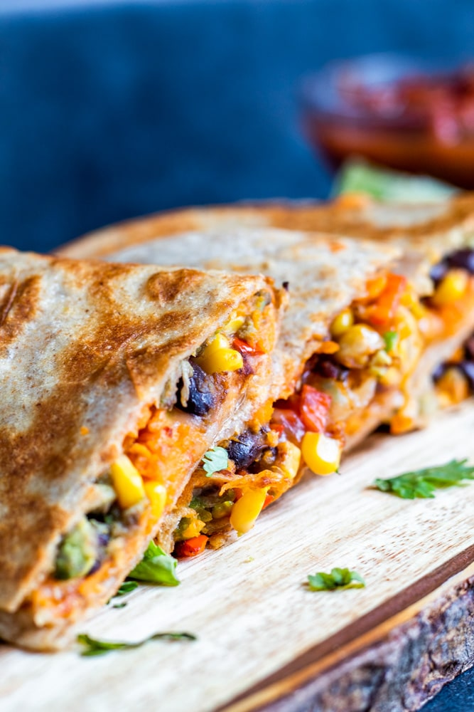 36 Vegetarian Mexican Recipes – Vegetarian Quesadillas With Black Beans And Sweet Potato | Hurry The Food Up