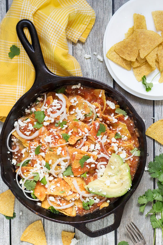 36 Vegetarian Mexican Recipes – Traditional Mexican Chilaquiles Rojos | Hurry The Food Up