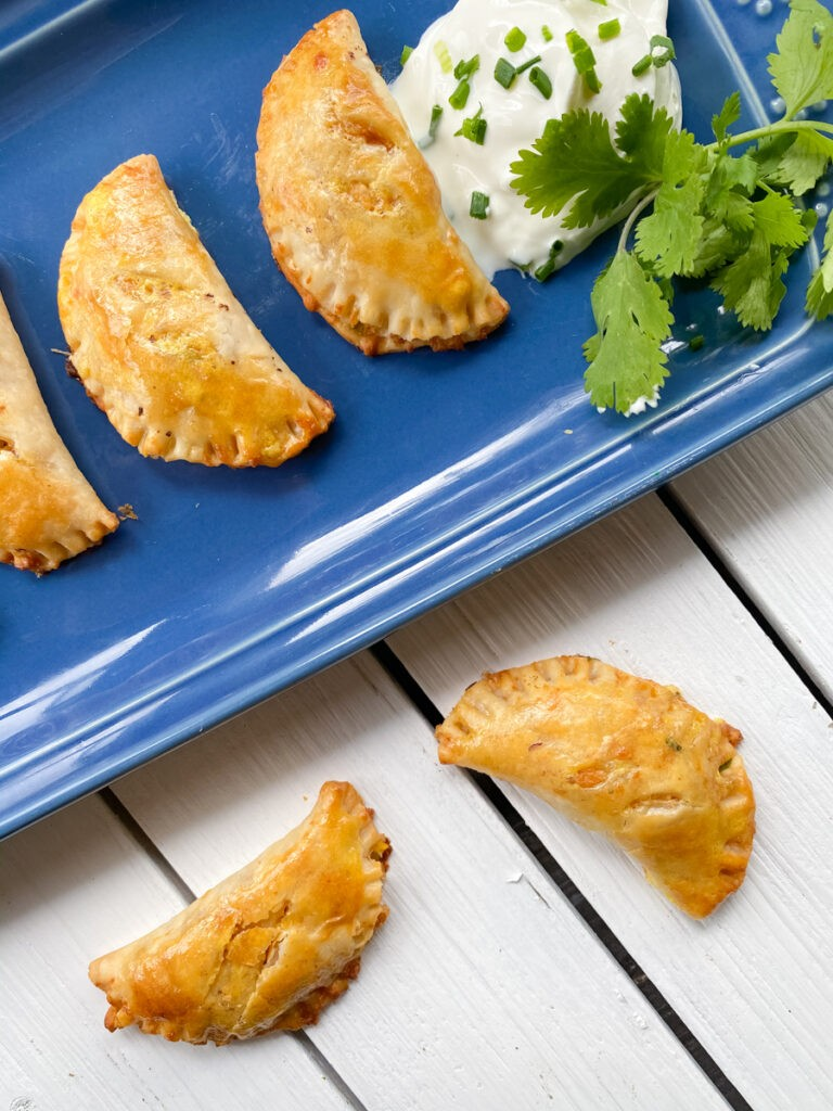 36 Vegetarian Mexican Recipes – Easy Vegetarian Empanadas (with Pie Crust) | Hurry The Food Up