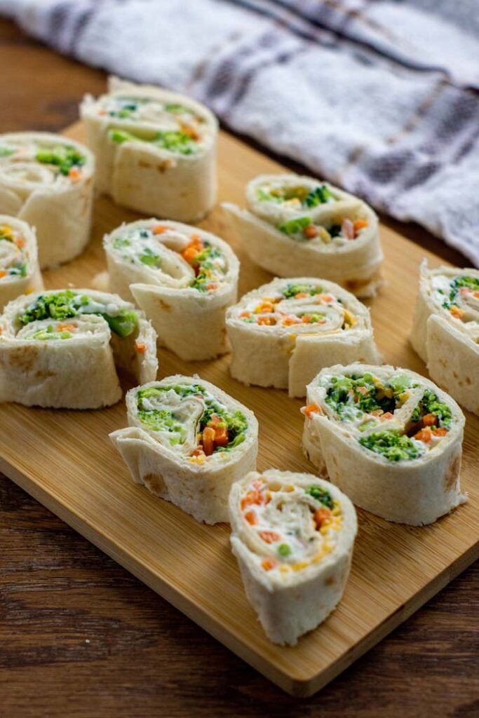 Top 10 Healthy School Lunch Ideas – Veggie Tortilla Pinwheel Roll-Ups | Hurry The Food Up