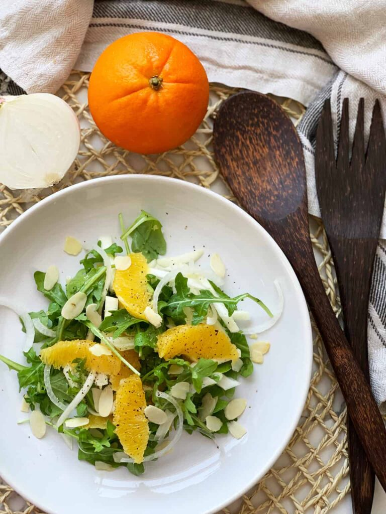 60 Vegan Weight Loss Recipes – Still delicious, just healthier - Orange and Fennel Salad | Hurry The Food Up