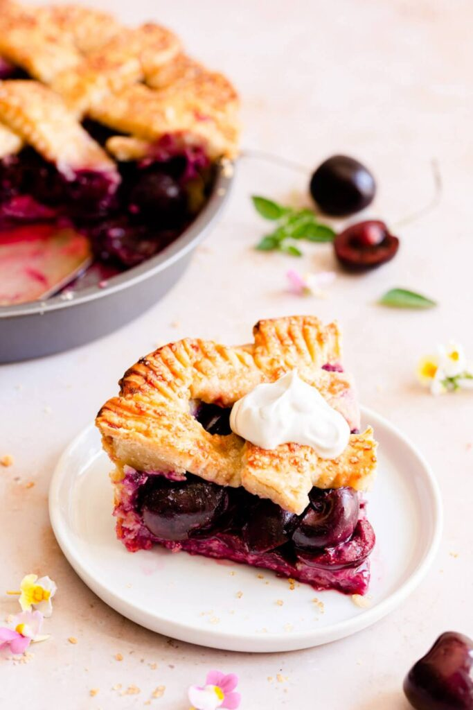 40 Sweet and Savory Vegetarian Pies – Bake your weekend away - Easy Homemade Cherry Pie | Hurry The Food Up