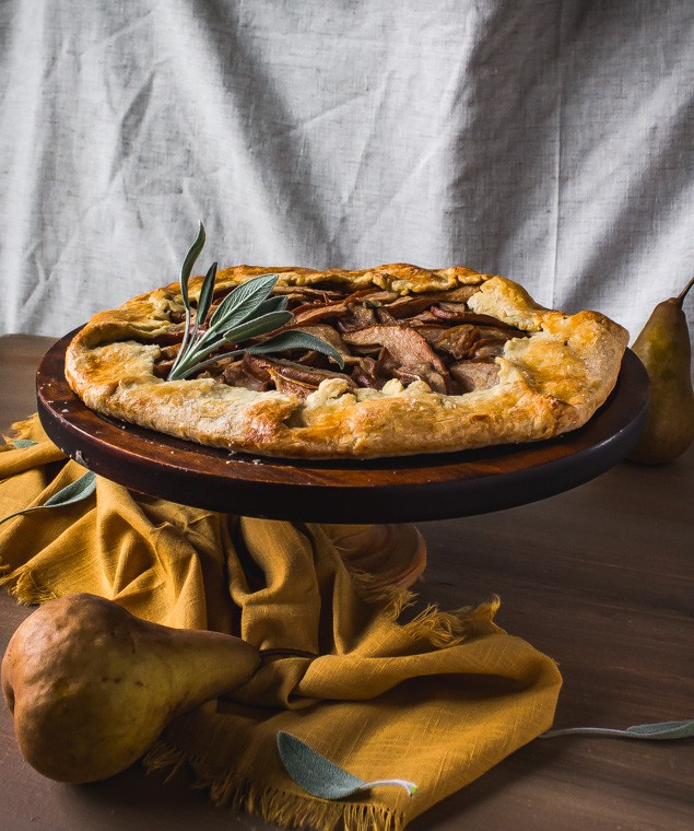 40 Sweet and Savory Vegetarian Pies – Bake your weekend away - Pear Sage Galette with an Olive Oil Crust | Hurry The Food Up