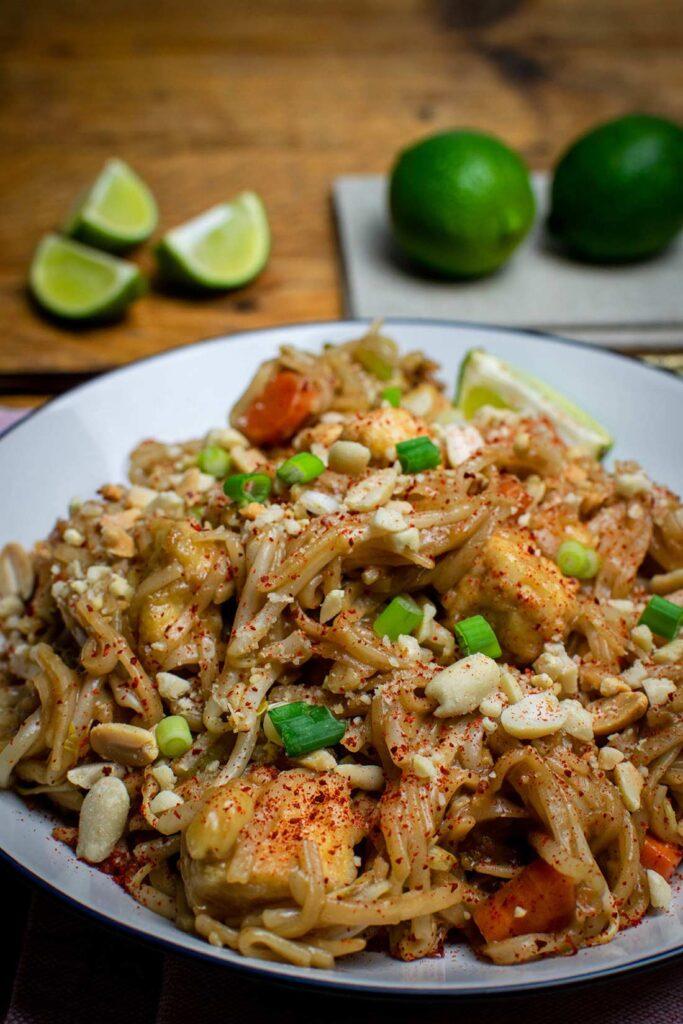 62 Vegan Tofu Recipes - Easy Vegan Pad Thai   Hurry The Food Up