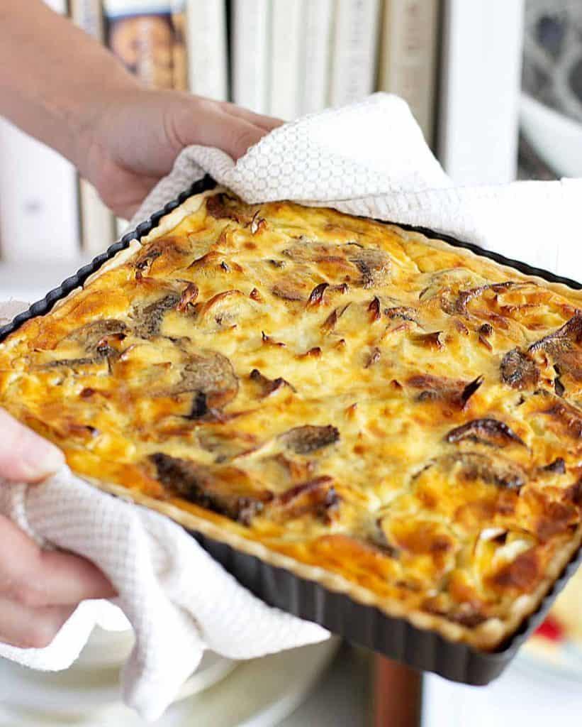 40 Sweet and Savory Vegetarian Pies – Bake your weekend away - Mushroom Leek Quiche | Hurry The Food Up