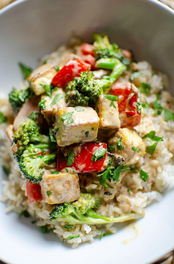 62 Vegan Tofu Recipes - Tofu Stir Fry with Peanut Sauce   Hurry The Food Up