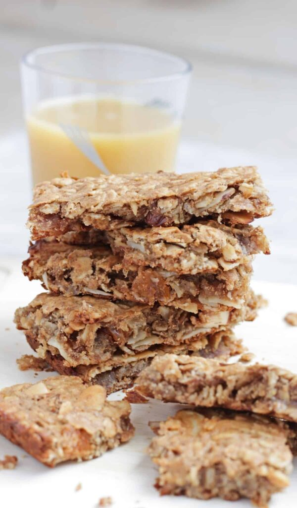100 Gluten-free Vegetarian Recipes – Flourless Banana Oat Breakfast Bars | Hurry The Food Up